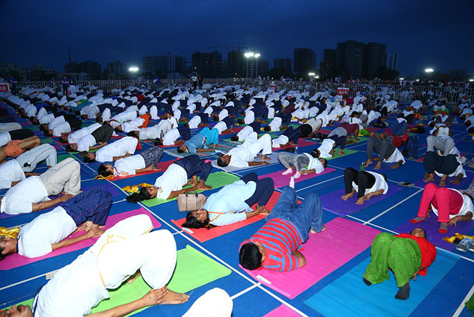 Largest yoga class 2