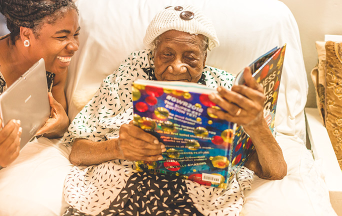 Oldest Living Person Violet Brown reads Guinness World Records 2018 book